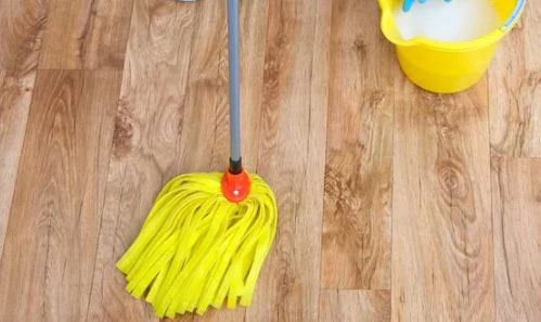 How To Mop A Wooden Floor Properly Plus Video Wood Floors Cleaner