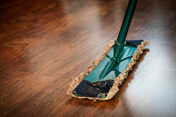 How to Clean Dirty Wooden Floors Step by Step