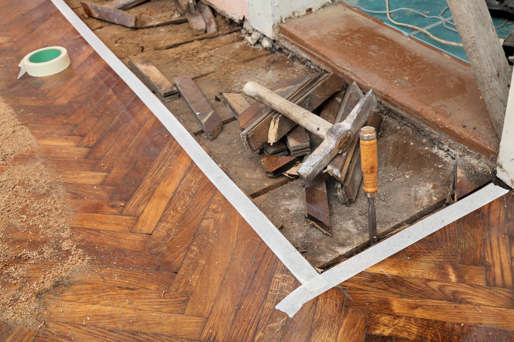 Is it Difficult to Remove Hardwood Flooring
