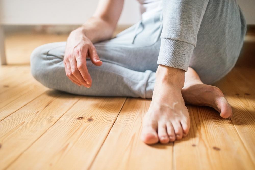 Do Bare Feet Damage Wood Floors?