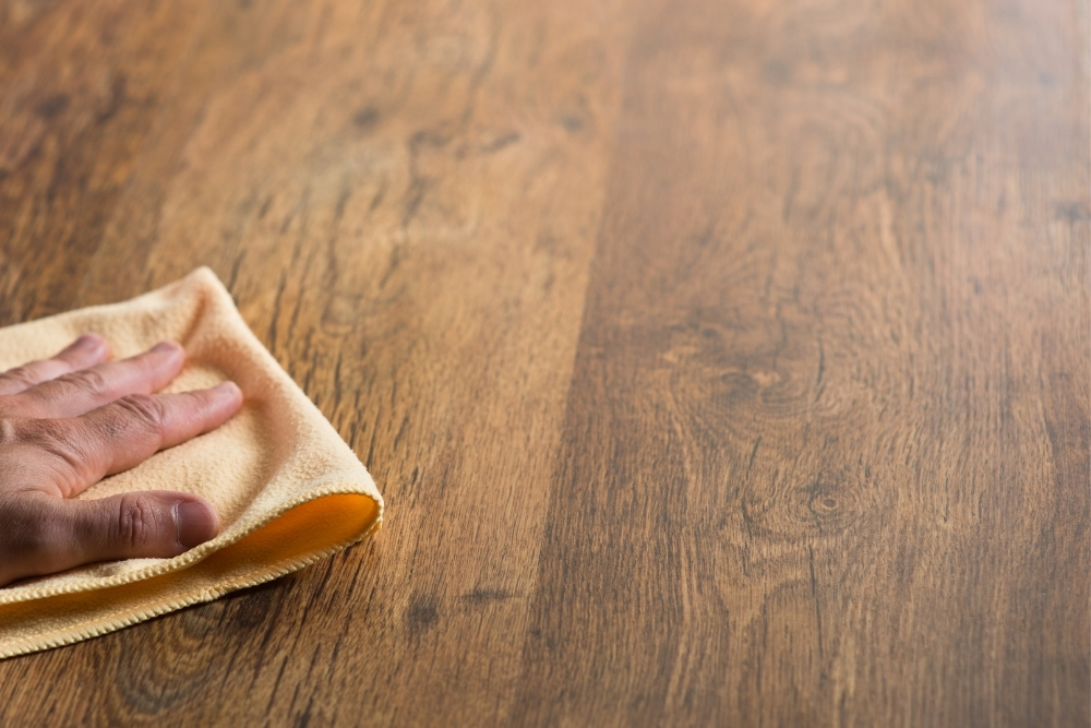 Is tea good for wooden floors